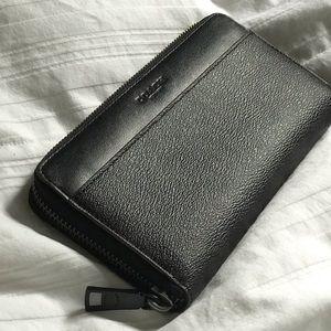 Coach Bags - NWOT Coach Accordion Wallet